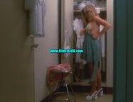 Tatlı Striptizci Hemşireler izle (1974)