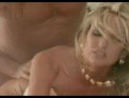 Kırmızı Ajanda izle Seks Kulübünde Kocasını Aldatan Kadın Samantha