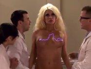Büyük Göğüs Teorisi (+18 Yabancı Film)