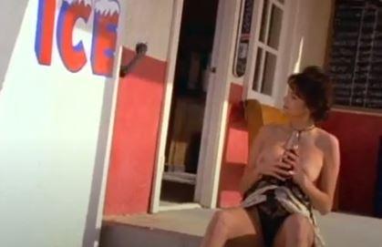 Islak ve Güzel izle Yeni Erotik Film
