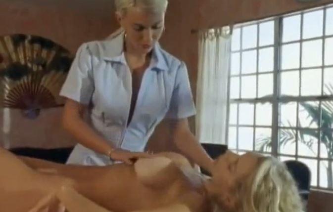 Duygusal Yakınlaşmalar izle (+18 Erotik Filmdir)