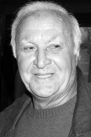 Robert Loggia